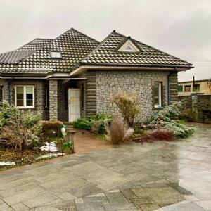 Продаж будинку кам'яний